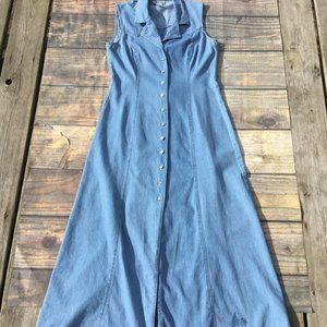 Robbie Bee Vintage Full Length Denim Button Dress